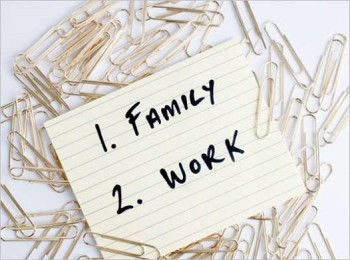 balancing work family e1419943628163 Trying to Balance Working and Being a Mother